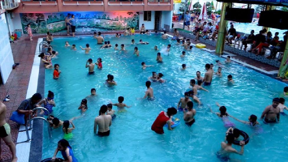 Đừng bao giờ đi bơi khi bạn có triệu chứng tiêu chảy