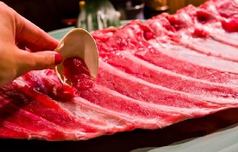 Maguro Nakaochi kiểu ăn không bỏ sót thịt của người Nhật Bản