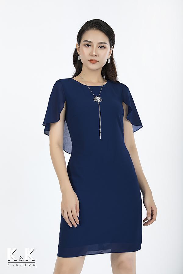Đầm suông công sở tay viền bèo KK73-15 giá 420.000 đồng.