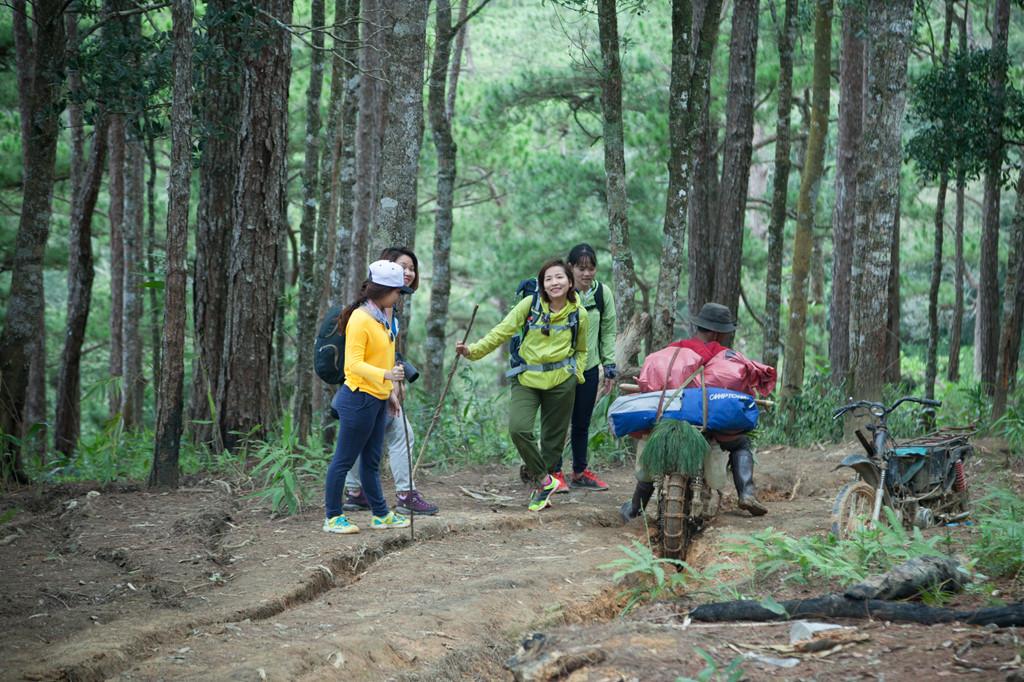 Ta Nang - Phan Dung: Cung duong trekking dep nhung day ray hiem nguy hinh anh 5