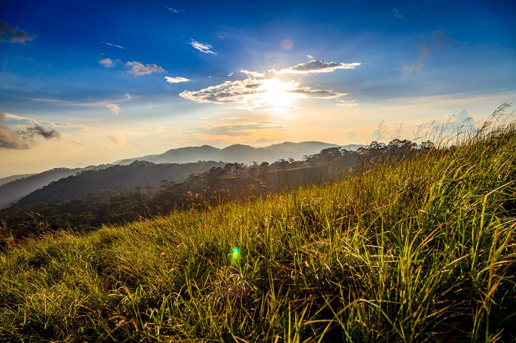 Ta Nang - Phan Dung: Cung duong trekking dep nhung day ray hiem nguy hinh anh 10