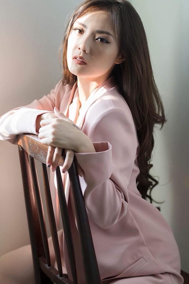 Hot girl Lâm Á Hân khoe hình thể nóng bỏng trong bộ hình dự thi The Face Vietnam 2018 - Ảnh 5.
