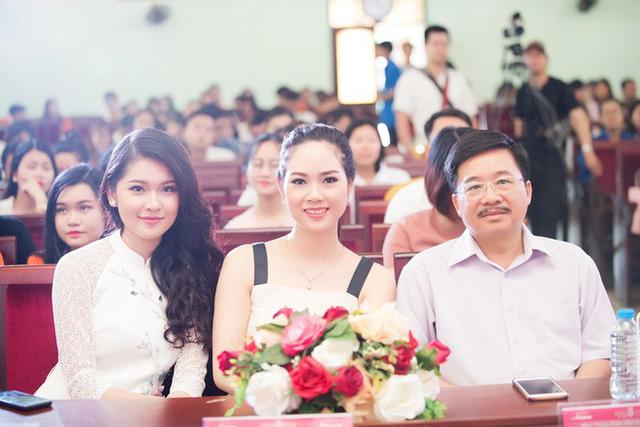 Đến với buổi giao lưu, Hoa hậu Mai Phương như trẻ lại và nhớ về những kỷ niệm khi còn là thí sinh của Hoa hậu Việt Nam 2002. Mai Phương chia sẻ việc thi Hoa hậu Việt Nam 2002 và Miss World 2003 là 1 trong những quyết định mạo hiểm nhưng cũng may mắn trong cuộc đời thanh xuân của cô.
