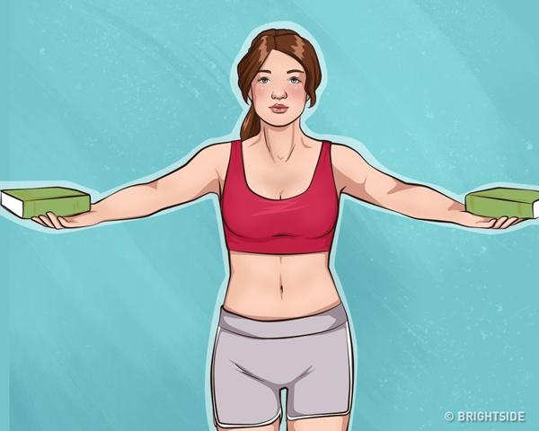 Đứng thẳng, hai tay đưa sang ngang với hai quyển sách đặt lên trên (có thể sử dụng tạ nhỏ thay cho sách). Đưa tay chụm lại phía trước ngực 20 lần.