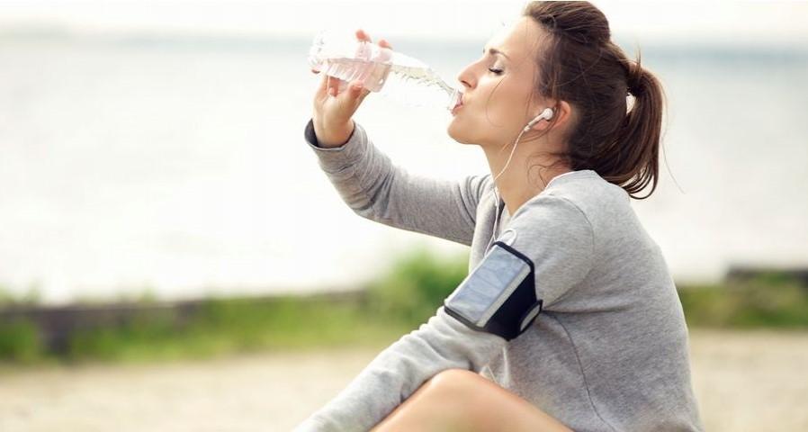 Cứ phạm phải những sai lầm này khi tập thể dục buổi sáng thì cân nặng chẳng những không giảm mà còn tăng vù vù - Ảnh 4.