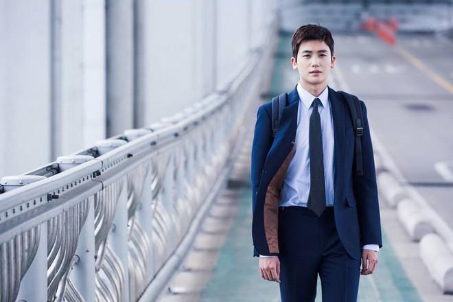 Ngắm dàn nam chính đang hot nhất màn ảnh Hàn mặc vest mới thấy thực sự là cực phẩm - Ảnh 10.