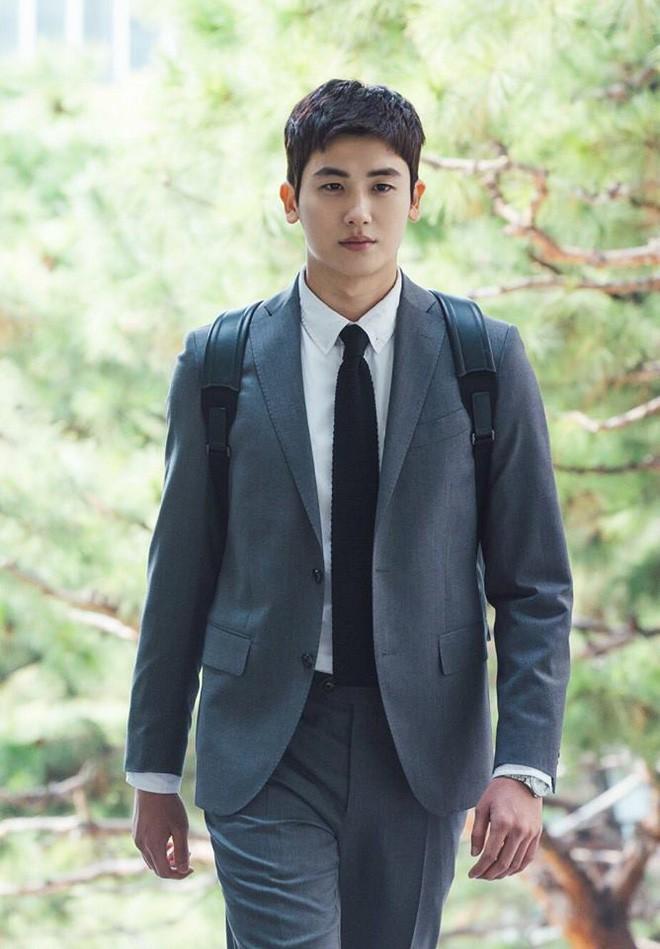 Ngắm dàn nam chính đang hot nhất màn ảnh Hàn mặc vest mới thấy thực sự là cực phẩm - Ảnh 7.